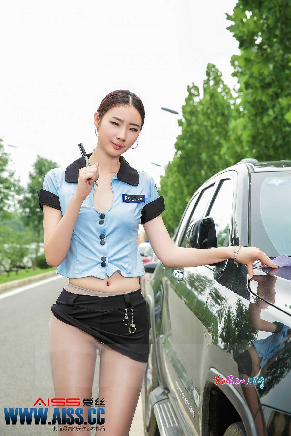 动感小站图片_AISS爱丝第61期 长腿女警cosplay制服诱惑 64P - 秀人网 snfbq.net
