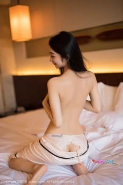 [秀人网XiuRen] N01292 开朗长腿嫩妹Angela喜欢猫白皙柔滑胴体养眼睡衣清凉室内私拍 40P