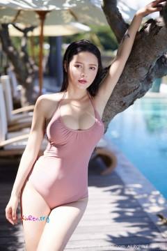 [秀人网XiuRen] N01430 销魂惊艳肉鲍模特樱桃cherry泳池比基尼户外热辣写真 43P