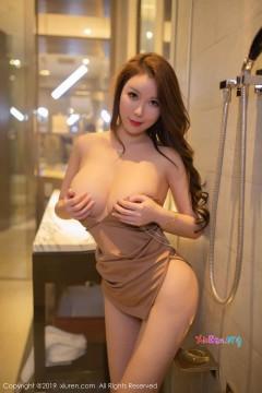 [秀人网XiuRen] N01547 肥硕雪肌大胸模特Egg_尤妮丝诱人情趣制服室内妩媚写真 55P
