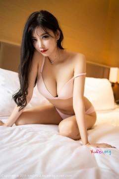 [秀人网XiuRen] N01758 90后高挑人气嫩模杨晨晨sugar香臀玉足情趣丝袜商务写真 72P