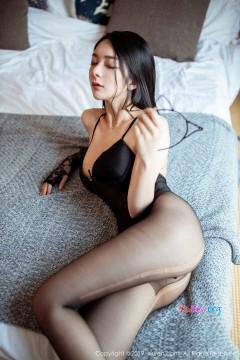 [秀人网XiuRen] N01808 大眼水灵表妹Angela小热巴优雅香艳内衣私房写真 65P