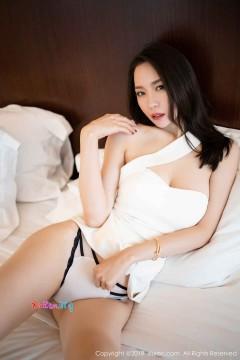 [秀人网XiuRen] N01880 雪肌美腿御姐梦心月火爆清凉情趣内衣秀雅商务写真 91P