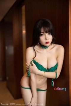 [秀人网XiuRen] N02133 高冷丰腴大波宝贝芝芝Booty酒店蕾丝内衣诱惑高清写真 103P