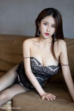 [秀人网XiuRen] N02262 夜店公主徐安安养眼黑丝美腿室内惊艳写真 49P