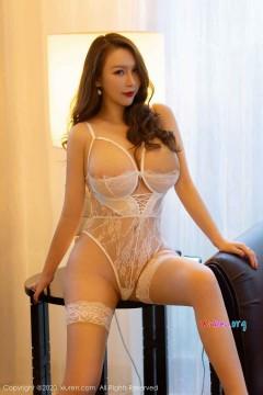 [秀人网XiuRen] N02333 豪臀巨乳人气国模Egg_尤妮丝香艳蕾丝诱惑极品艺术私拍 52P